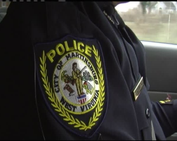 Martinsburg Police Department changes vehicle pursuit policy_20160121010305