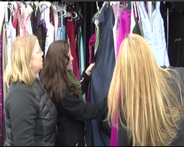 Free prom dresses to be given away_77404228-159532