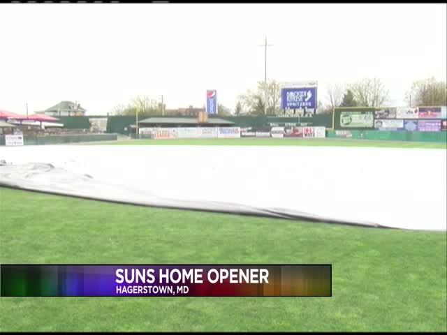 Suns home opener_20160407213104
