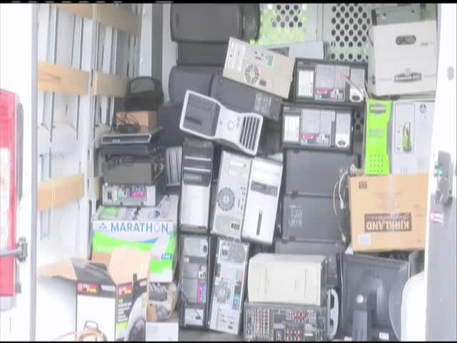 Electronic recycling in Winchester_37328488-159532