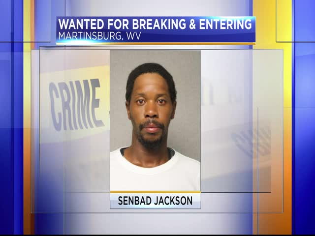 Man wanted in Martinsburg for break-ins_15343366