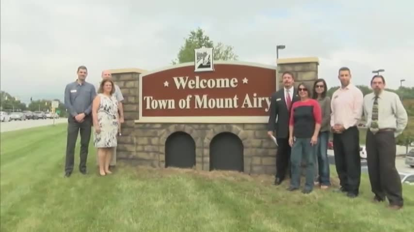 Town of Mount Airy unveils new welcome monument sign