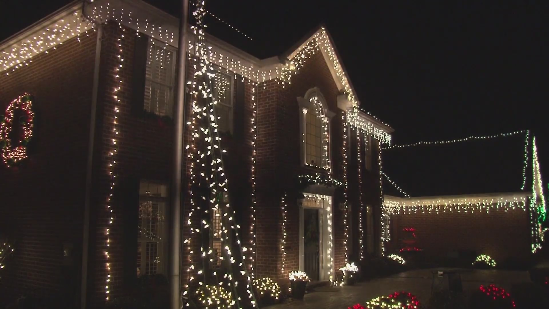 HOLIDAY LIGHT SAFETY