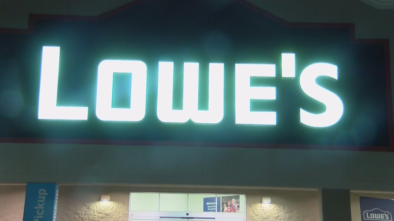 Shippensburg Lowes closing down