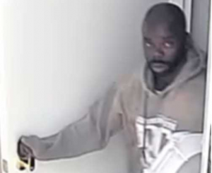 suspect-5-300x245_1542396394555.png