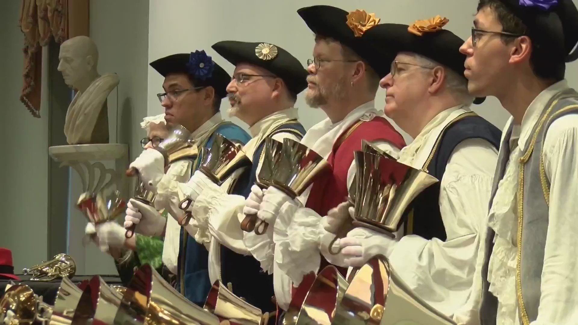 COLONIAL RINGERS