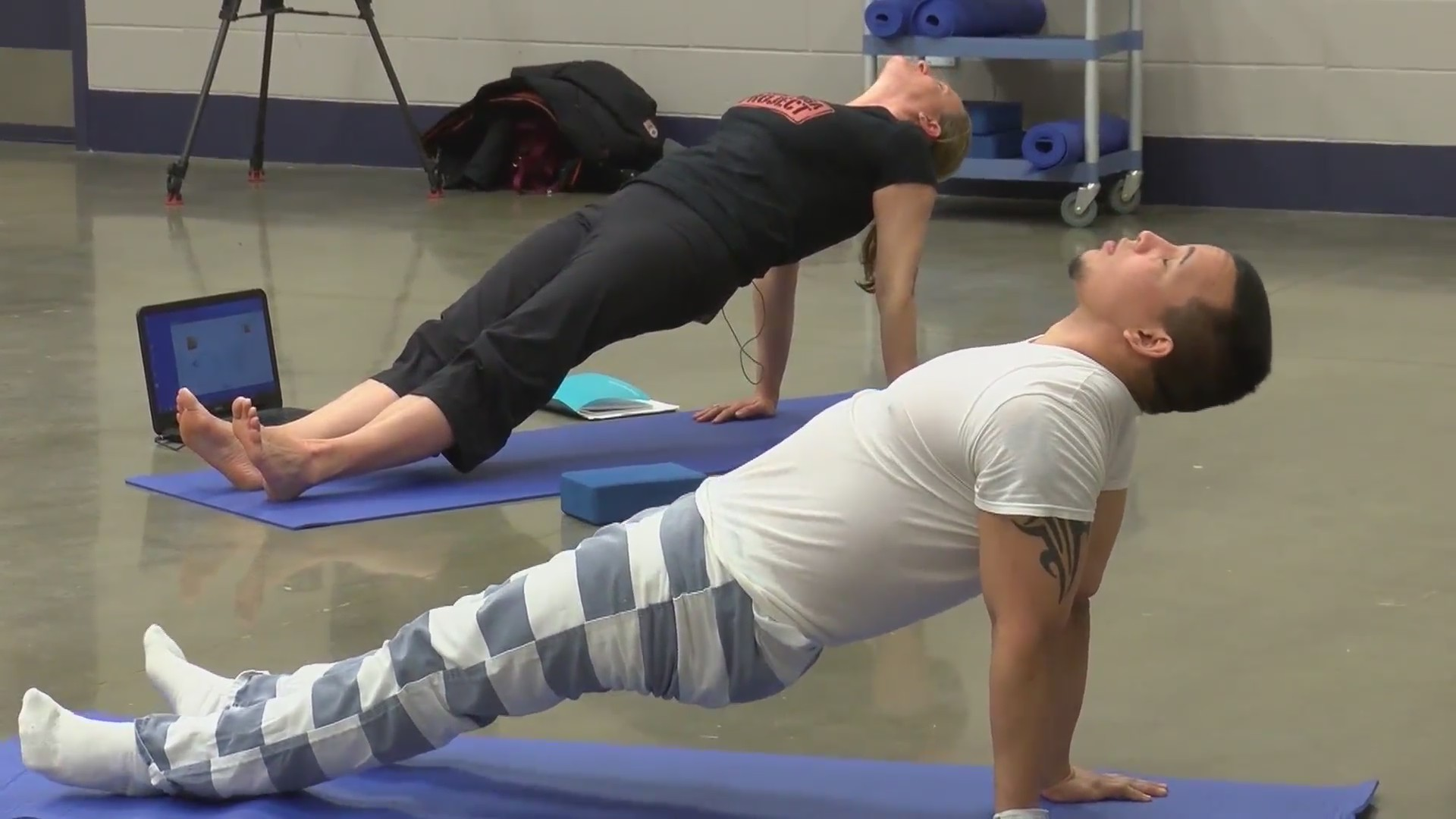 Inmates heal with yoga