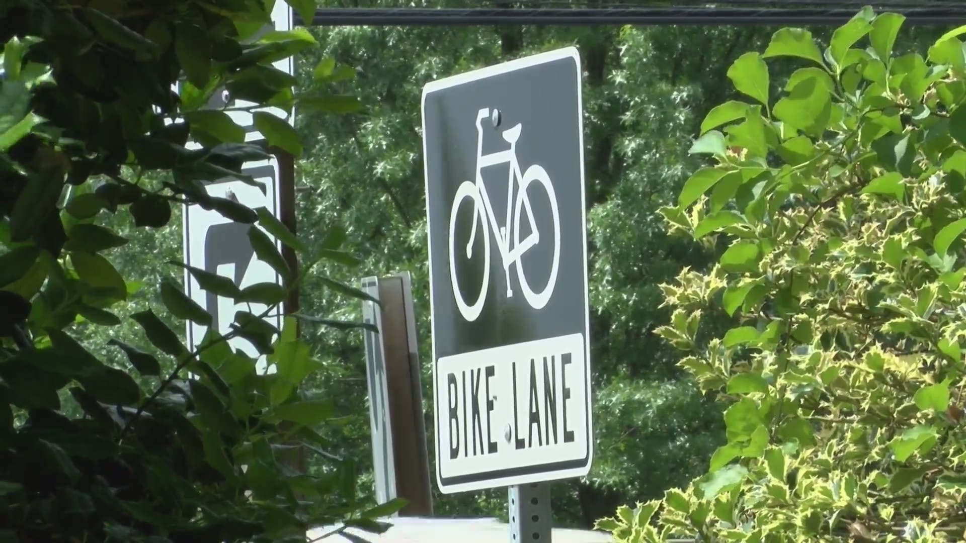 Bicyclist_injured_Poolesville_0_20190520211550