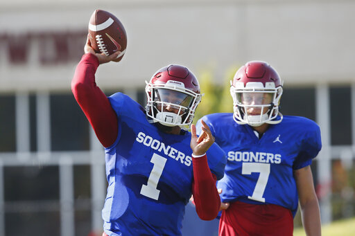 Oklahoma Qb Hurts Barely Edges Out Mordecai Rattler For Job Wdvm 25