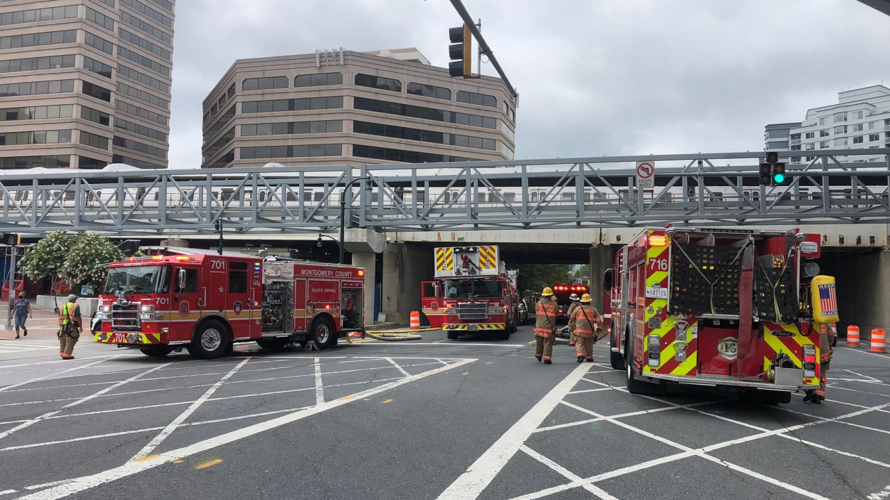 HAGERSTOWN, Md. (WDVM) — Montgomery County officials report a metro train derailment at the Silver Spring metro stop on 8400 Colesville Rd.